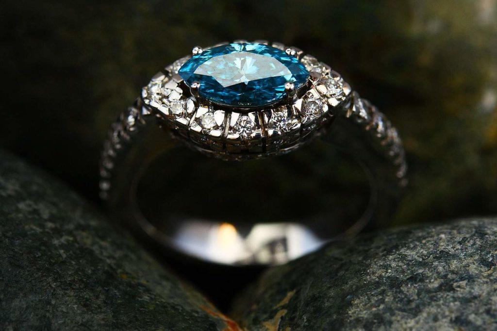 יהלום כחול